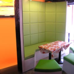 Booth-Bench-Sofa-153-melon_booth.jpg